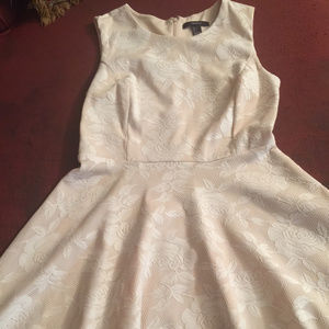 GiRLS JUNIORS DRESS OFF WHITE BEIGE size Large
